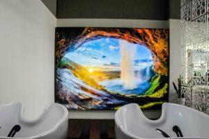 Waschbereich im Salon von Coiffeur Kopfarbeit
